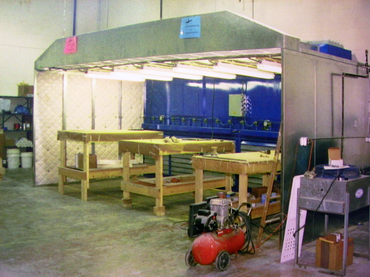 Industrial environmental dust and fume  collection booths for safe air in factories